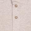 Beigefarbenes Dobby-Strickhemd aus Baumwolle.
