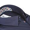 Marineblaues Organic Baumwollhemd.