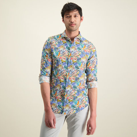 Meerkleurig linnen overhemd.