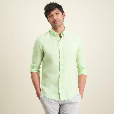 Grünes Leinenhemd.