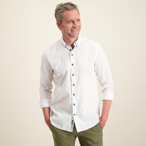 Weißes Leinen-/Baumwollhemd.