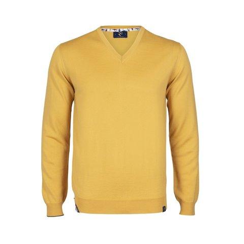 Gelber Pullover aus extrafeiner Wolle.