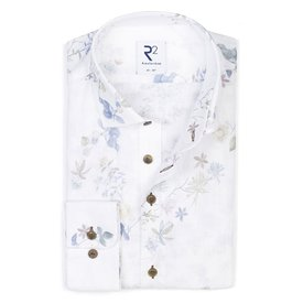 R2 Weißes Leinenhemd mit Blumendruck.