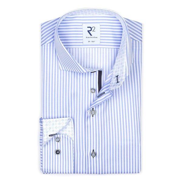 R2 Wit blauw gestreept katoenen overhemd.