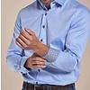 Extra lange mouwen. Lichtblauw 2-PLY katoenen overhemd