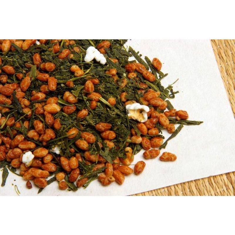 Groene thee met gepofte rijst genmai cha