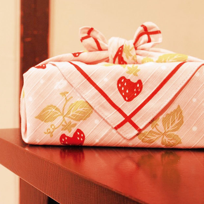 Furoshiki Japanese knot bag  strawberry