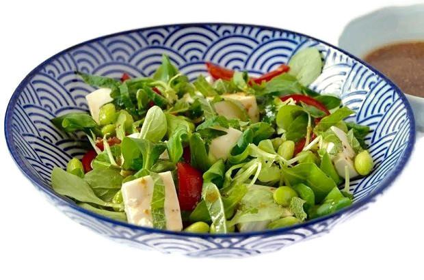 Japanse zomerse groene salade