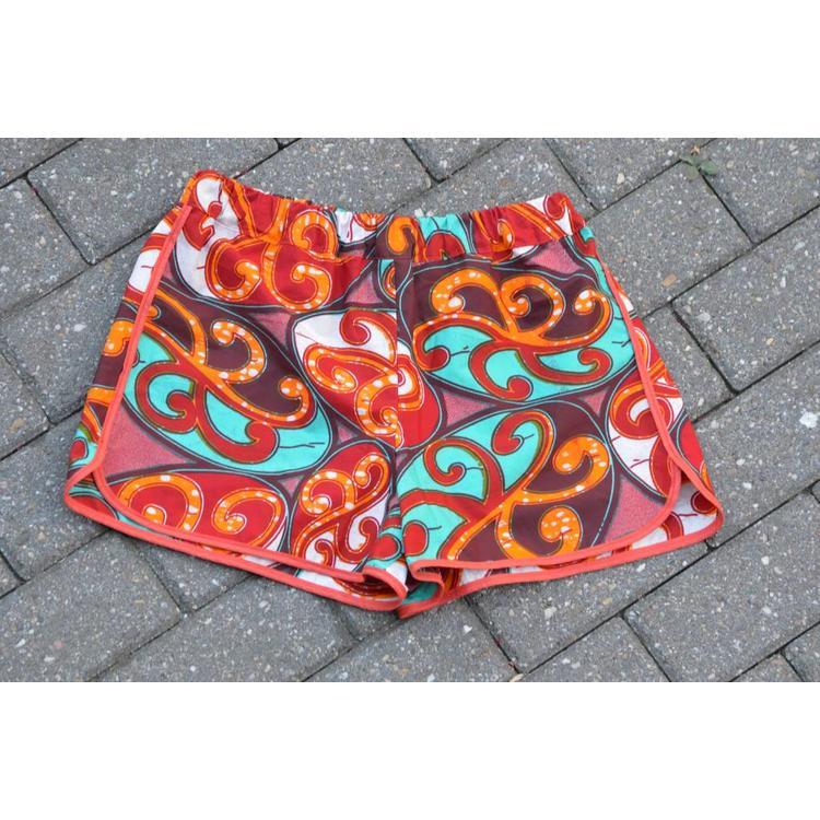 Strandshorts Sekondi van kleurrijke Afrikaanse katoen