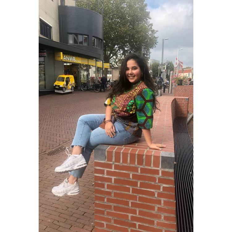 Knotted blouse Mole van Afrikaanse prints
