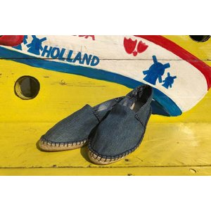 Espadrilles Sekondi made of vintage denim and African cotton fabric