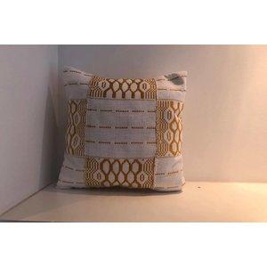 Pillow Harmony made of handwoven Kente fabric