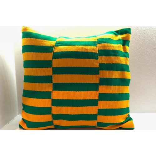 Pillow Renewal made of handwoven Kente fabric
