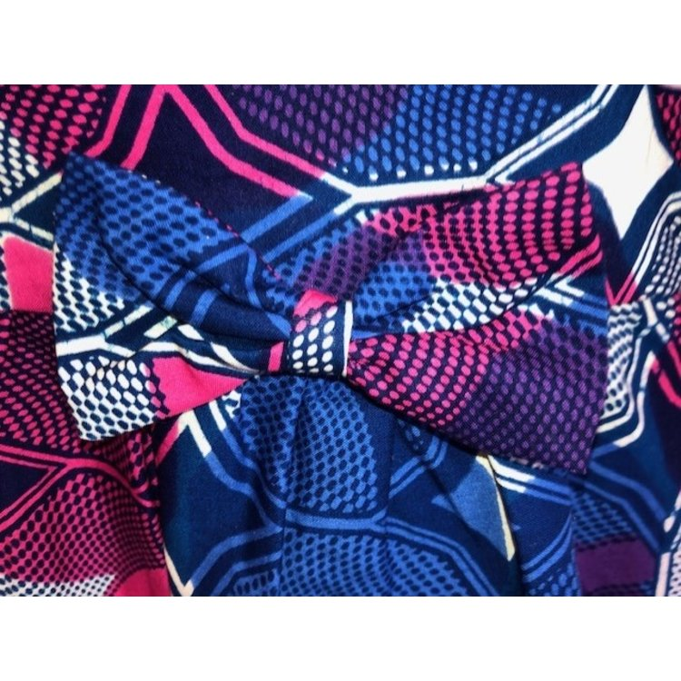 Kinderjurkje van blauwe Afrikaanse stof