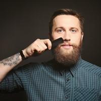 Baardborstel of baardkam: welke heb ik nodig?