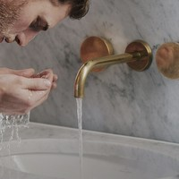 Acne bij mannen: 3 tips voor huidverzorging