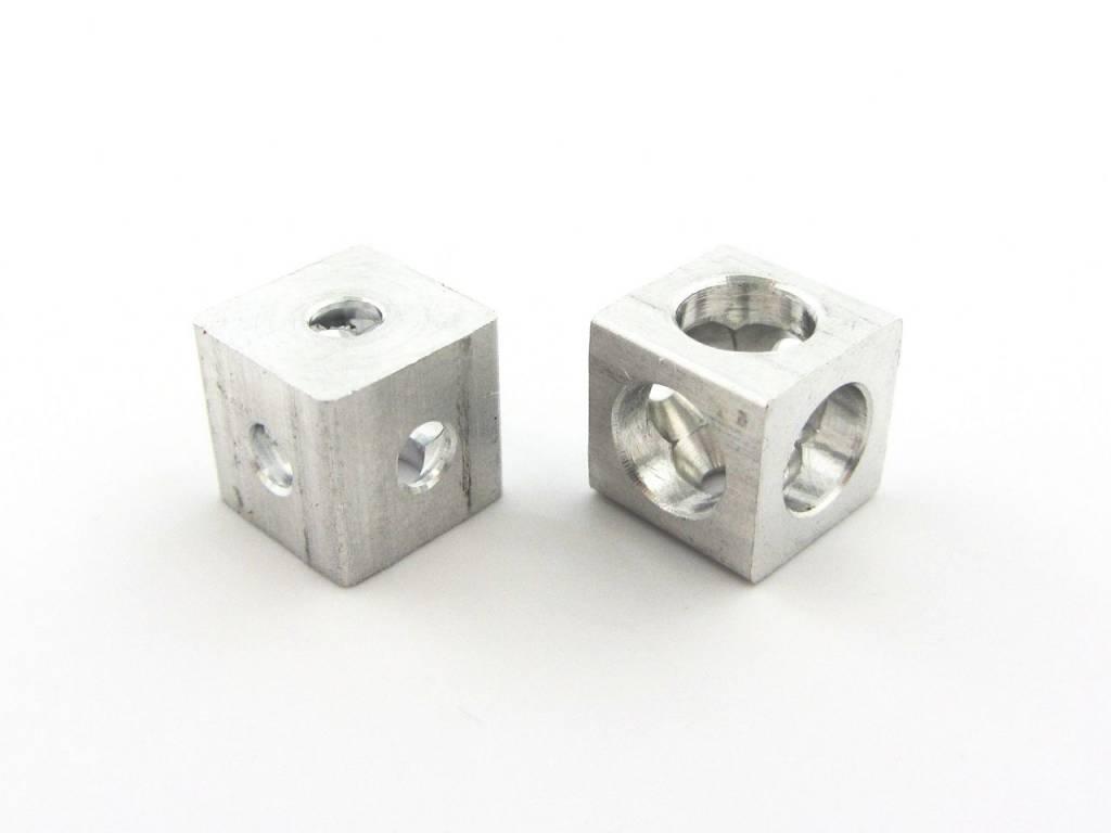 MakerBeam - 10x10mm aluminum profile 12 pieces of MakerBeam Corner Cube Clear