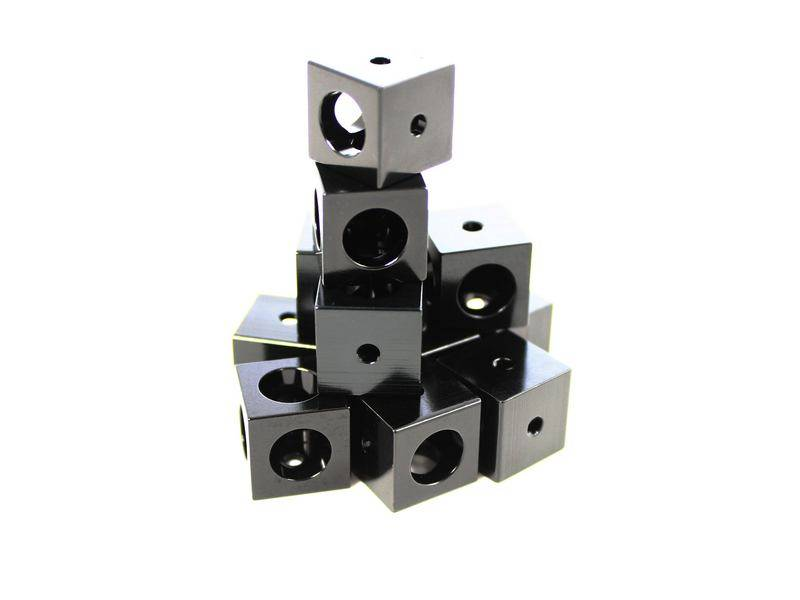 MakerBeamXL - 15x15mm aluminum profile 12 pieces Corner cubes black (15mmx15mmx15mm)
