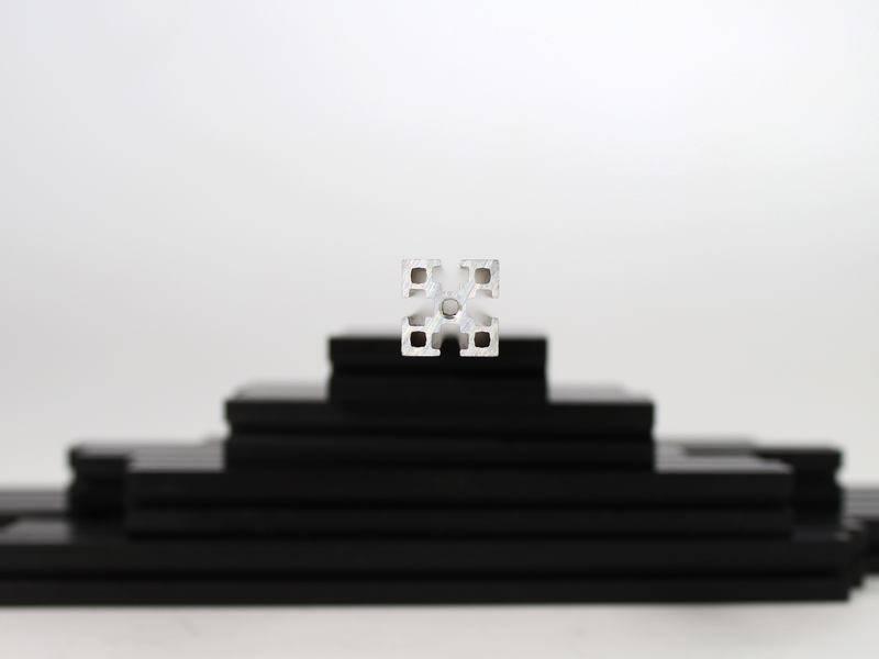 MakerBeamXL - 15x15mm aluminum profile 4 pieces of 100mm black MakerBeamXL