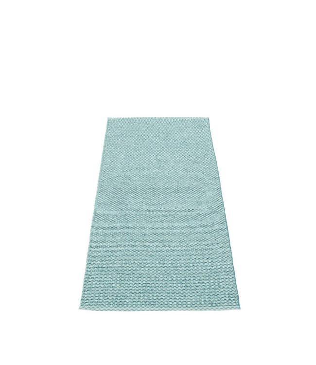 Pappelina Vloerkleed Svea | Azuur Blauw metallic / Pale Turquoise
