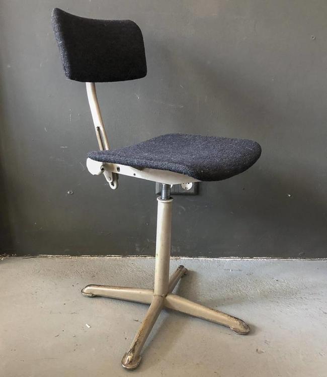 Vintage Vintage Desk Chair Ahrend de Cirkel Friso Kramer