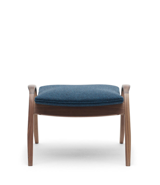 Carl Hansen & Søn The Signature Footstool FH430