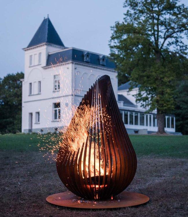 Glowbus Dewdrop XL garden fire place Corten Steel