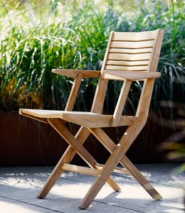 Cane-Line Flip teak folding armchair