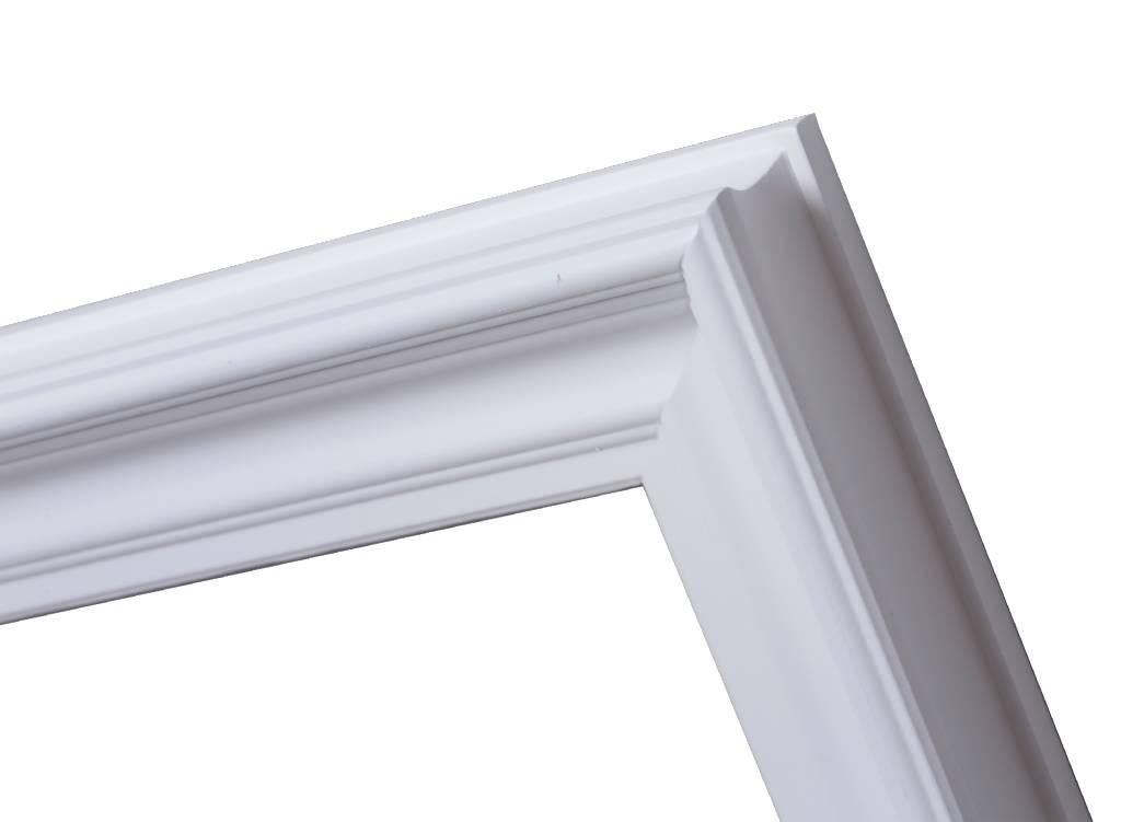 Brescia - stimmungsvoller, weißer, moderner Rahmen
