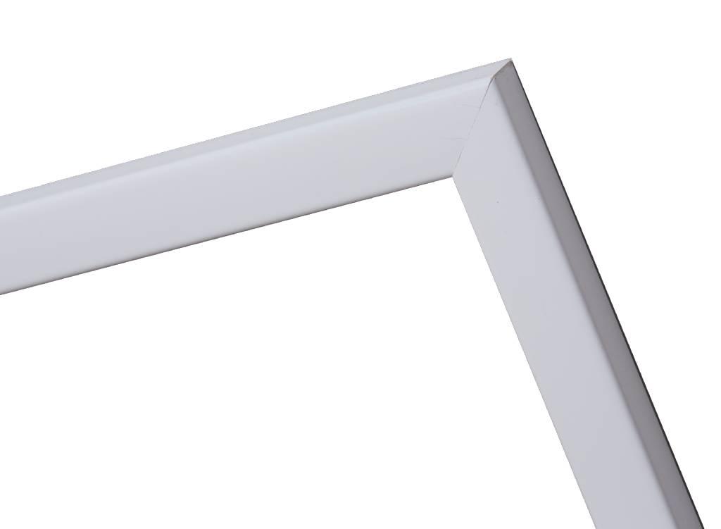 Levie - schmaler weißer Bilderrahmen
