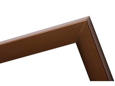 Design-Bilderrahmen in der Farbe Bronze