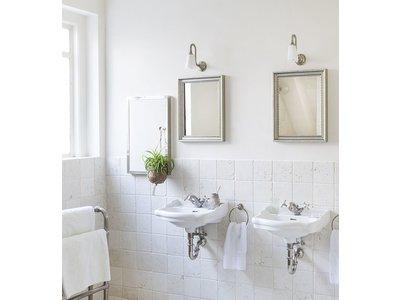 Italienischer Spiegel mit silbernem Rahmen