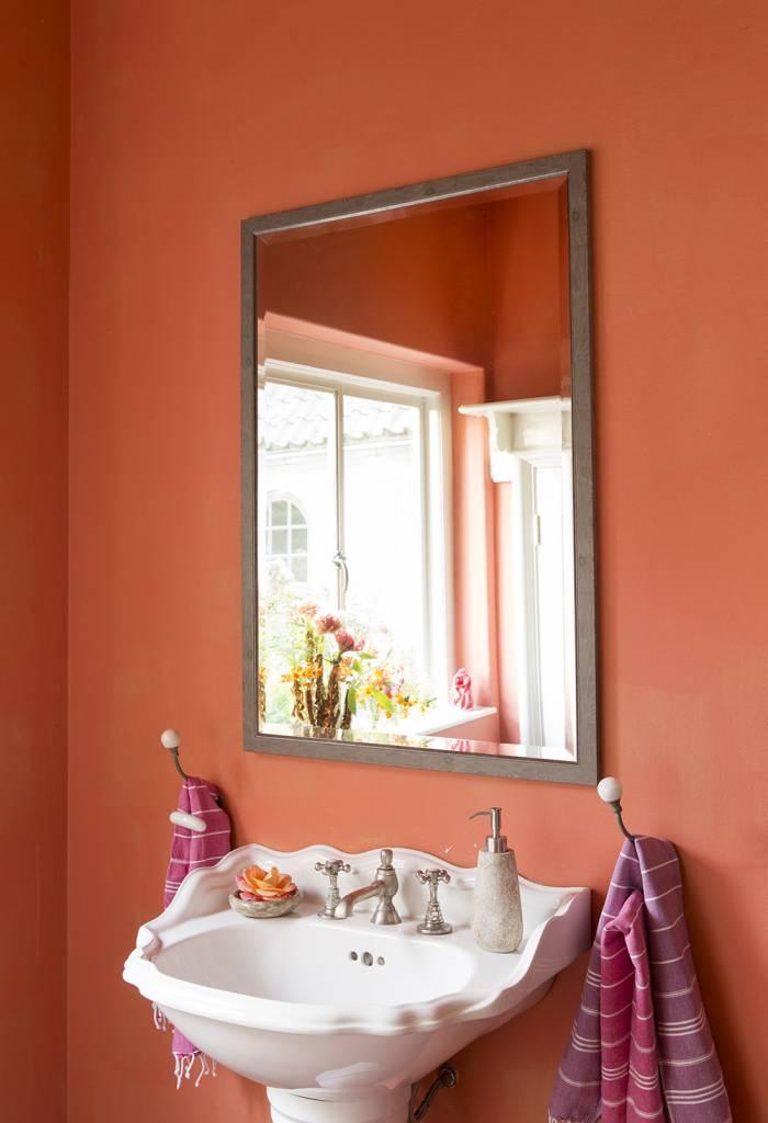 Rimini - Spiegel mit schmalem Rahmen, Hellbraun mit Silber