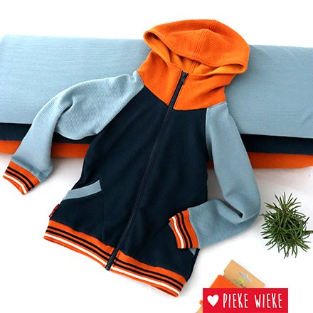 Cool hoodie with zipper