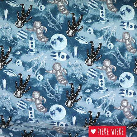 Sweater fabric with cool astronauts