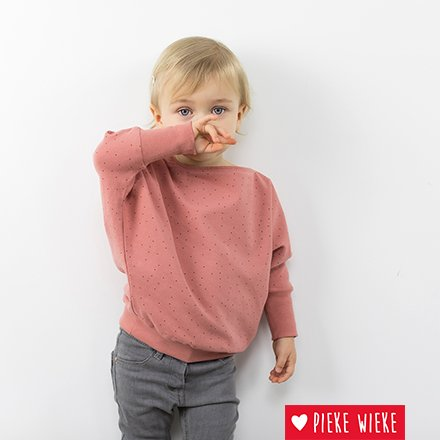 See You at Six Sewing pattern, Lodi Sweater, bat sweater for children and women