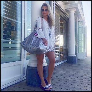 Ingrid Jansen met pailletten zilver