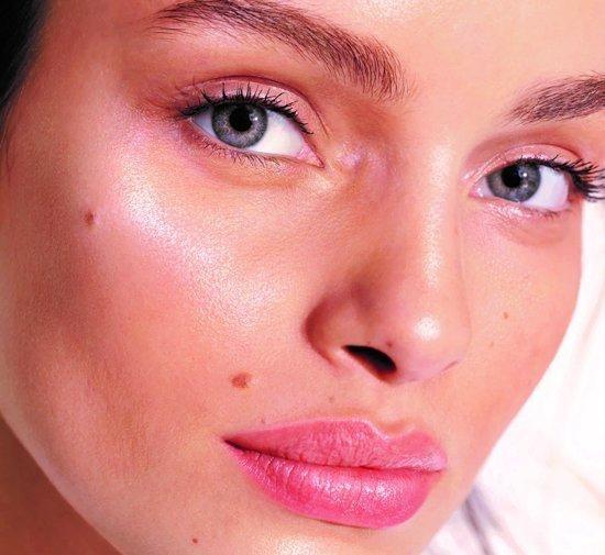 L'Oréal Paris Make-Up Designer Glow Chérie Hydraterende Lotion - 02 Light Glow - 30 ml