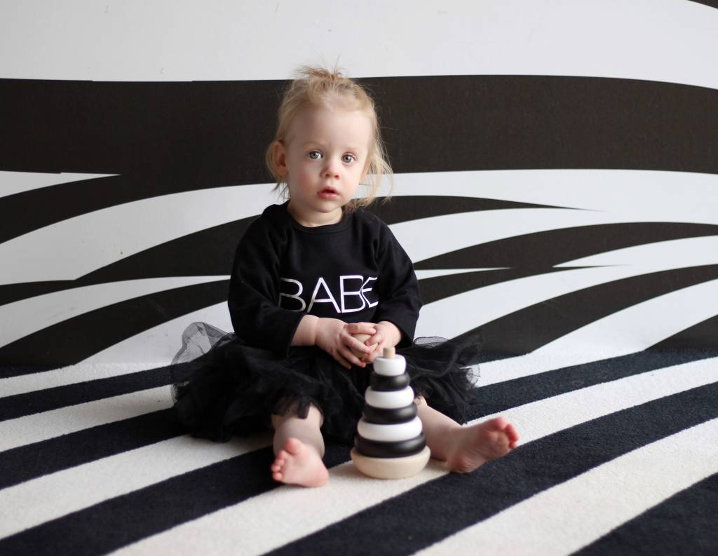t-shirt babe Babycloset