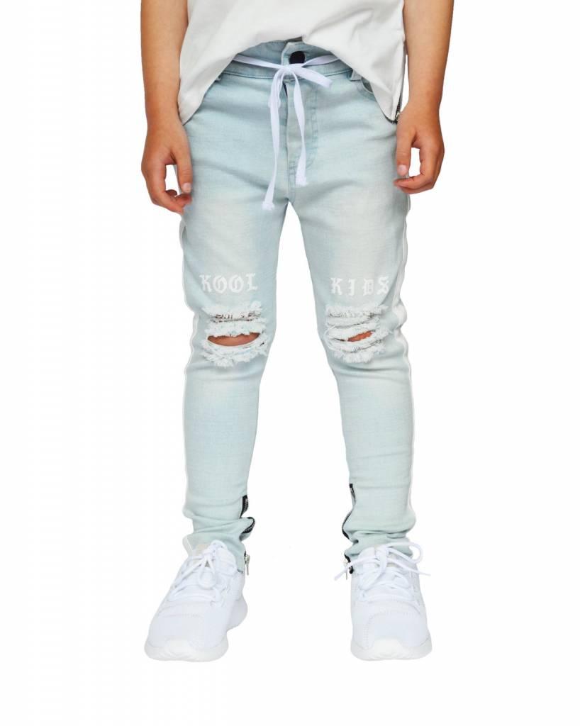 jeans met scheuren lichtblauw