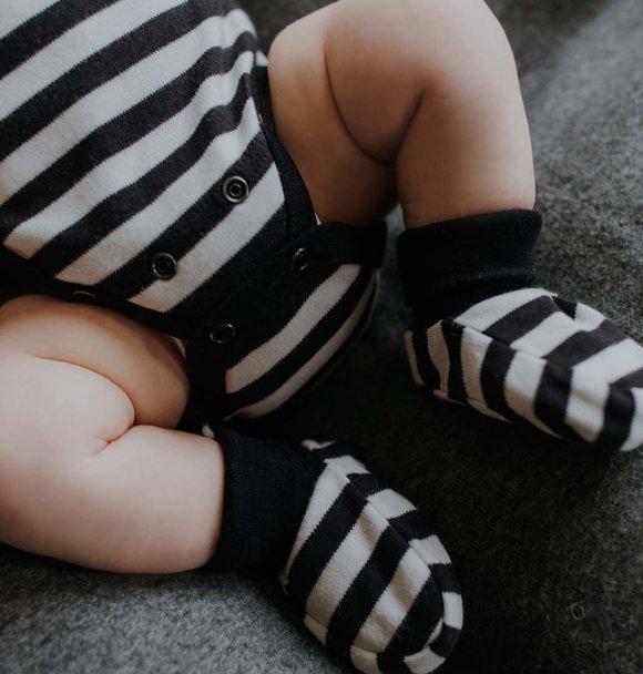 Wooly Organic BABY SCHOENTJES - ZWART-WIT