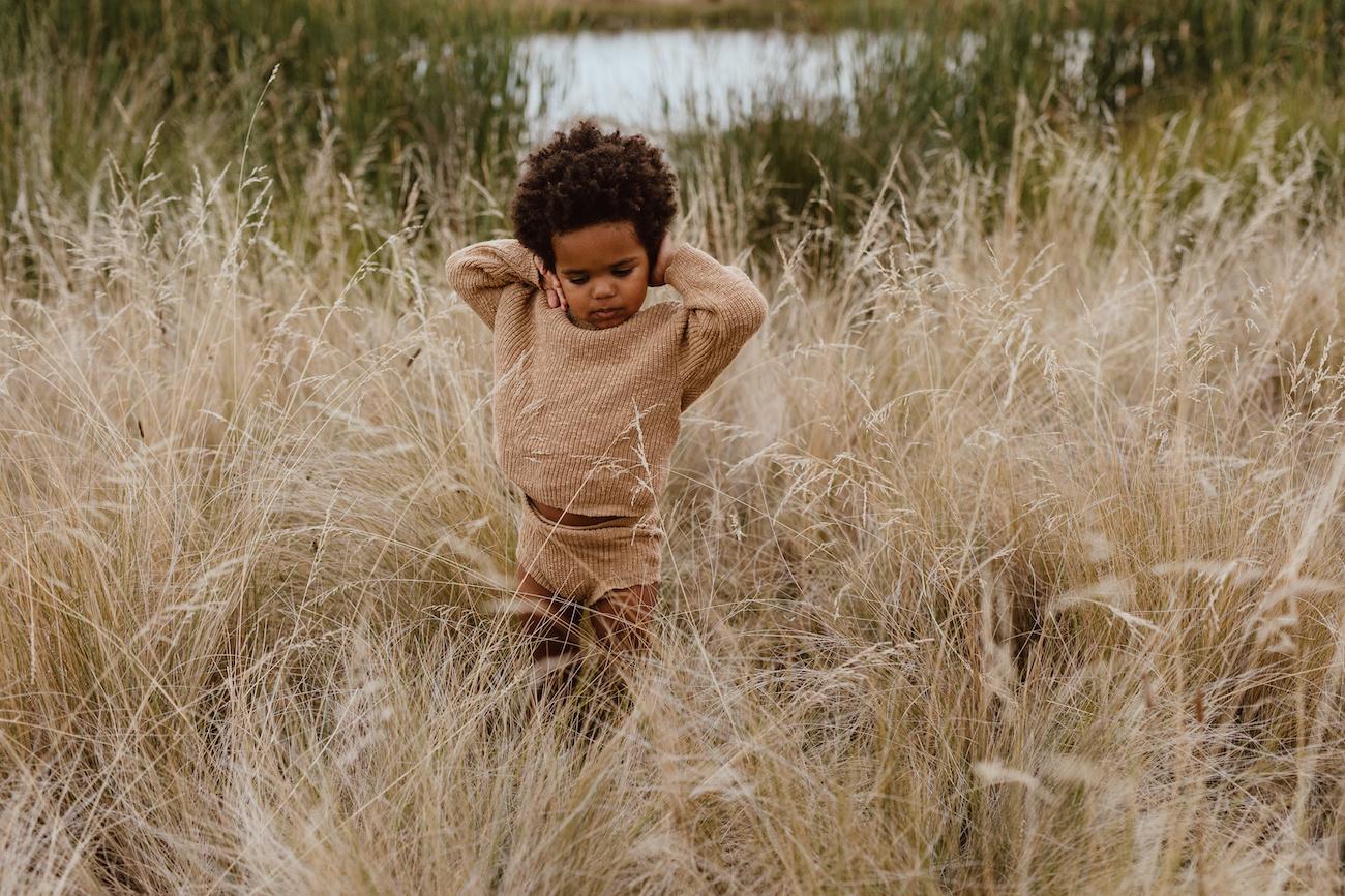 Grown BRUINE GEBREIDE BLOOMER | GEBREID KORT BROEKJE | BABYKLEDING