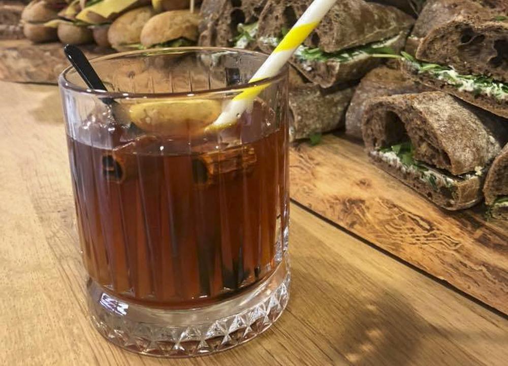 Een winters warme theecocktail!