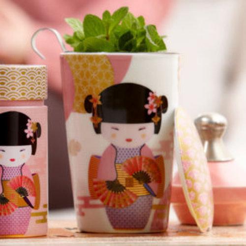 TeaEve Tea eve 'New Geisha Rosel' met theezeef