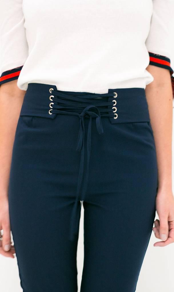 Donkerblauwe broek met lace up corset detail