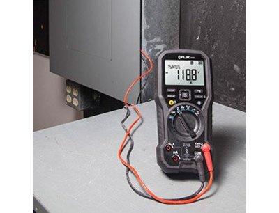 DM93 Digitale multimeter