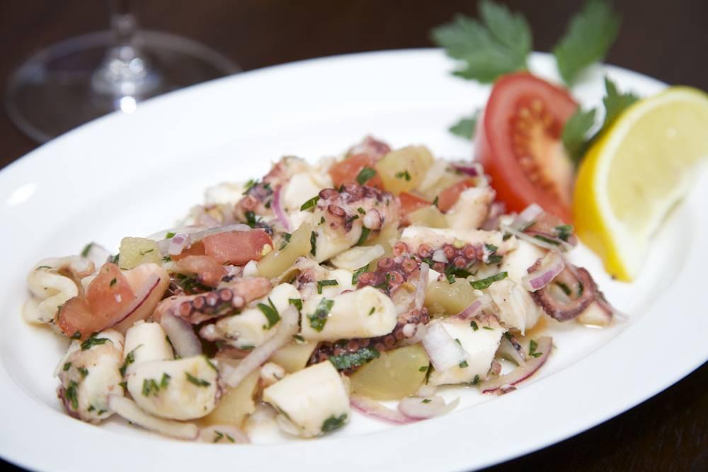 Salata od Hobotnice (Kroatische octopus salade)
