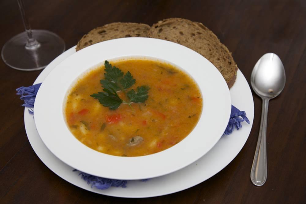 Slavonska juha (Slavonische soep)