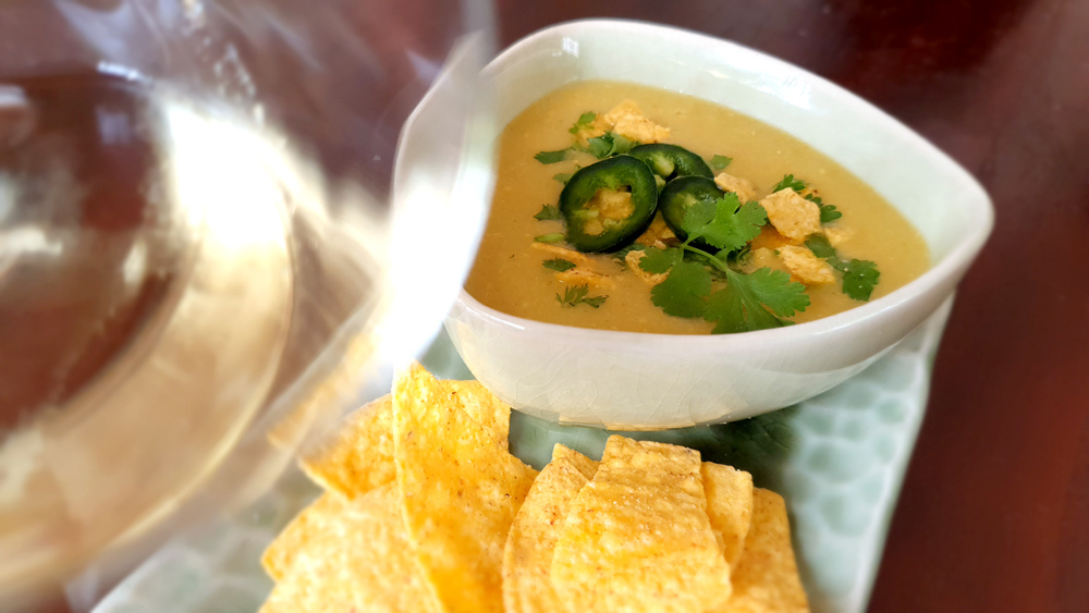 Jalapeño-maïs soep met koriander