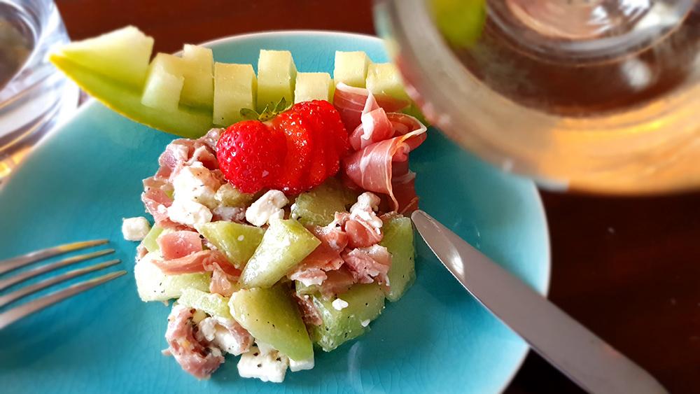 Meloen met gedroogde ham en feta